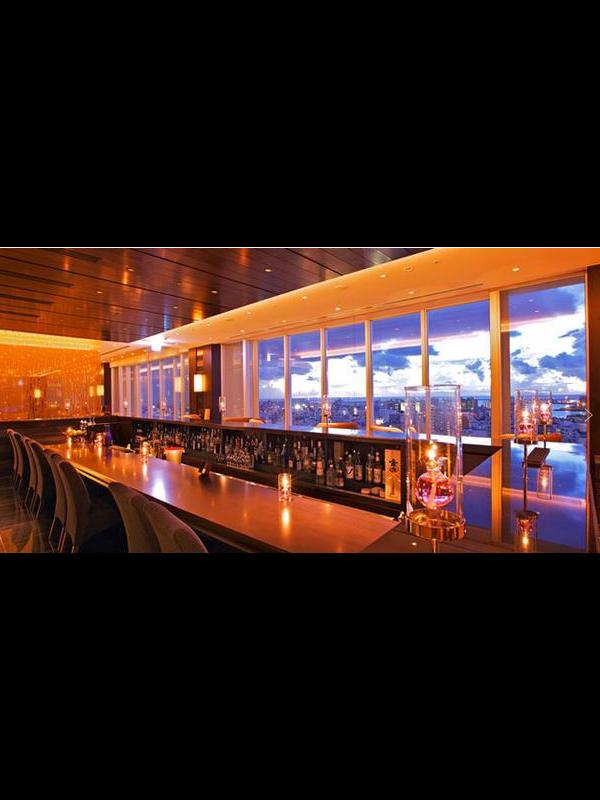 酒吧酒店KTV娱乐场所透明屏解决方案概述