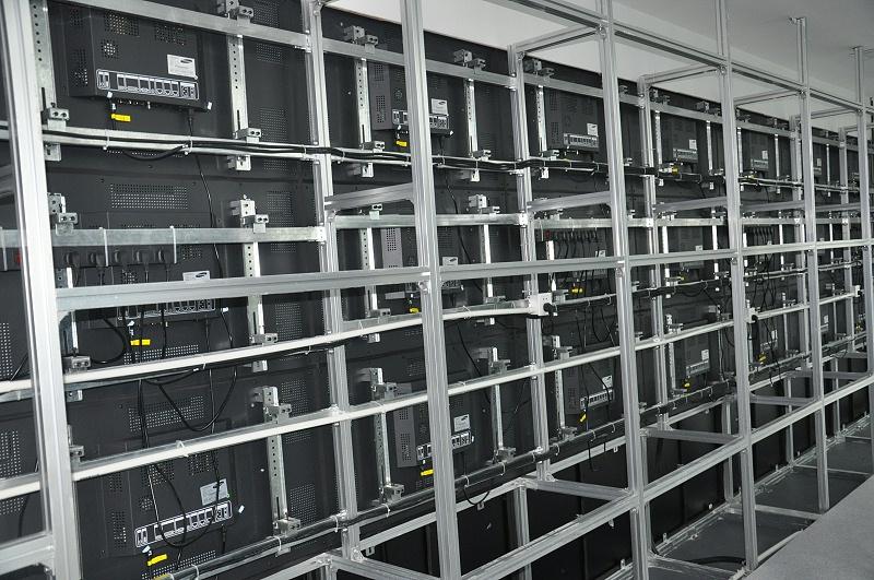 平安数据中心液晶拼接落地式机柜安装方式