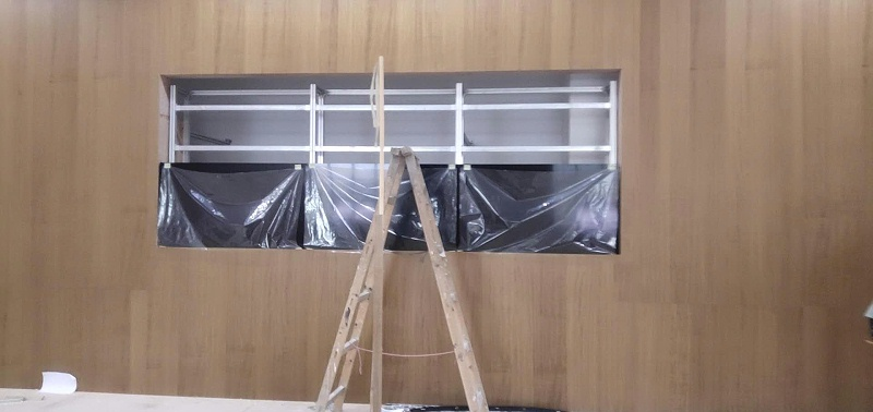 广东揭阳普宁法院55寸0.88拼接屏安装现场