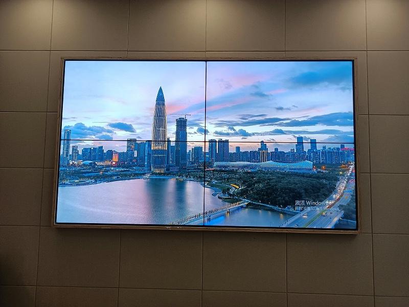 65寸液晶拼接屏助力广东珠海税务局打造税务数字化服务平台项目安装效果图