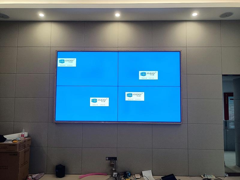 65寸液晶拼接屏助力广东珠海税务局打造税务数字化服务平台项目安装现场