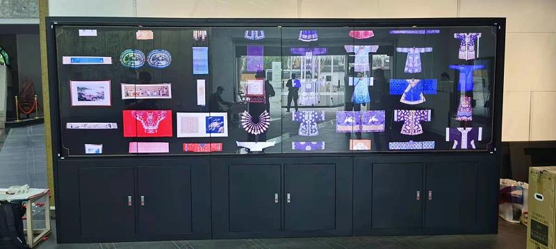 中亿睿6台竖屏拼接屏为江苏苏州丝绸博物馆打造数字化展馆项目效果图