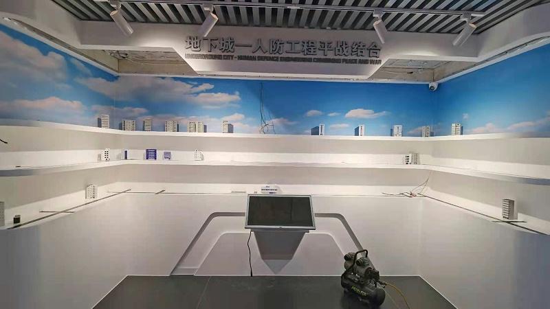 云南陆良党群服务中心引入滑轨屏、拼接屏、一体机打造信息平台