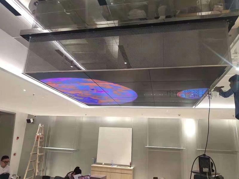 深圳卓悦中心46寸3.5mm5X3吊挂液晶拼接屏