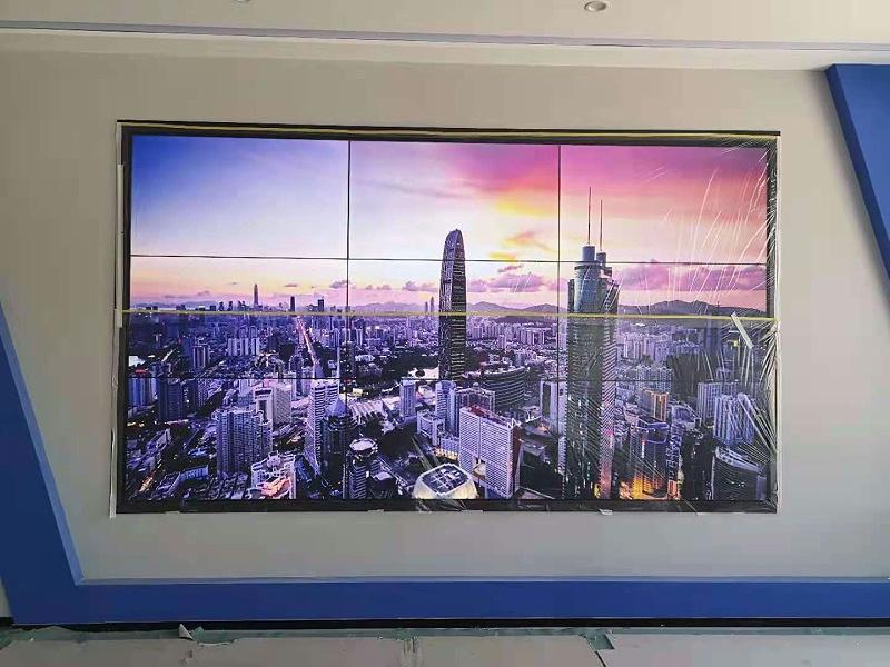 55寸液晶拼接屏3X3搭建方式应用于山东安车车检有限公司展示图