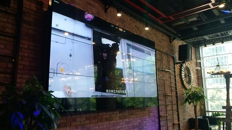 贵州白鹭小酒馆55寸液晶拼接屏