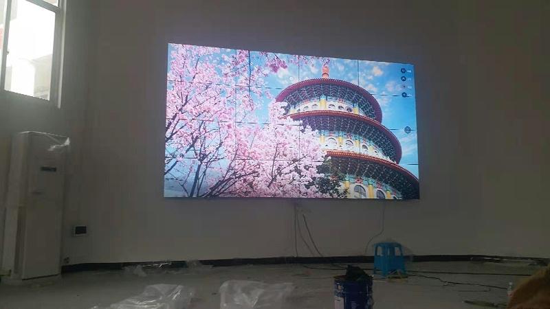 49寸液晶拼接屏安装效果图