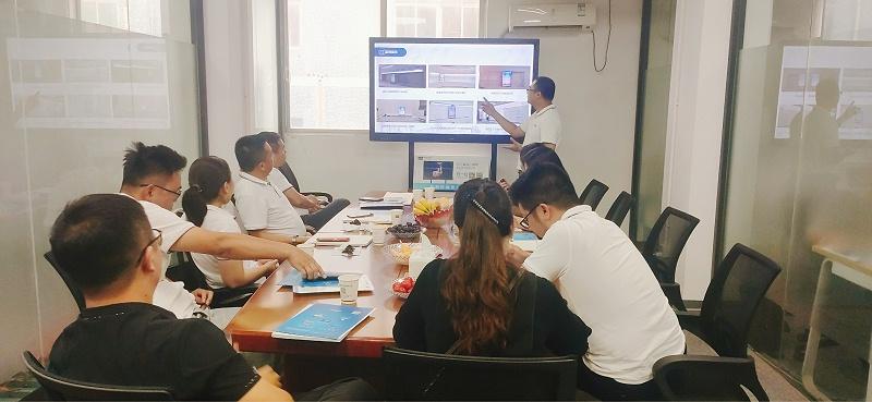 BNI鹏丰商会LT团队组织开展走进中亿睿参观指导交流活动