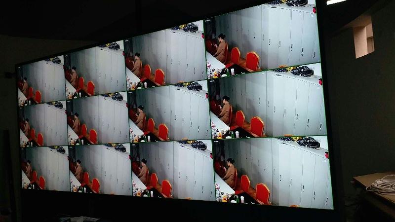长沙京武浪琴山营销中心46寸3.5mm3X4液晶单元拼接展示